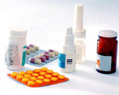 Automedicação deve ser descartada na prevenção da Covid-19