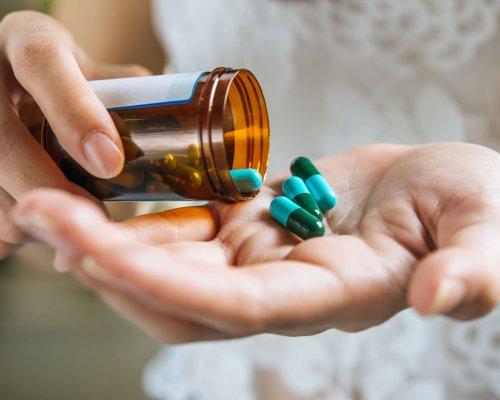 Anvisa publica nova resolução sobre critérios para prescrição, dispensação, controle, embalagem e rotulagem de antimicrobianos