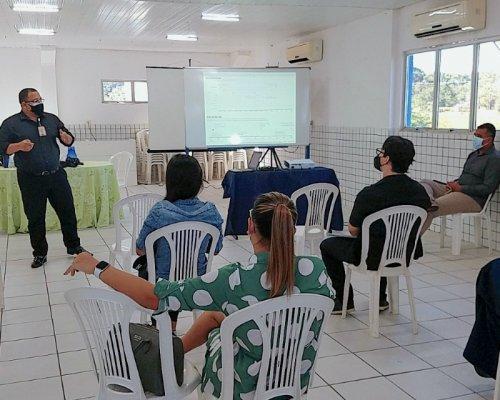 FARMACÊUTICOS SÃO TREINADOS PARA DIAGNÓSTICO LABORATORIAL DA COVID-19